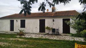 Estimation de budget de travaux pour la rénovation totale intérieur de cette maison à Rions