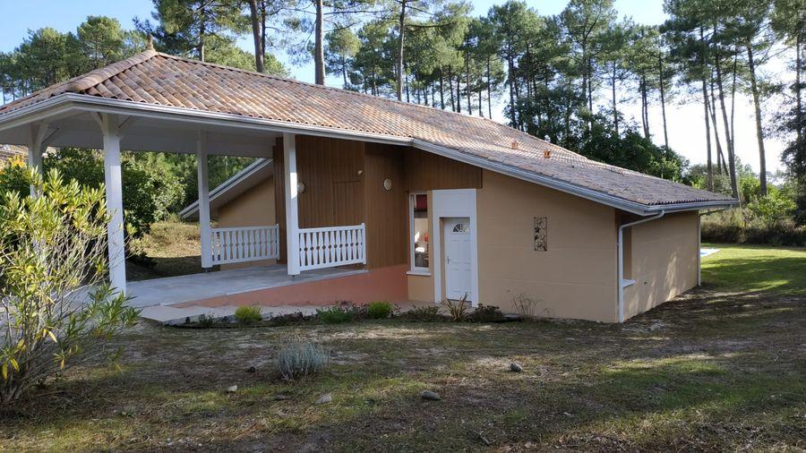 Estimation de budget de travaux pour la transformation du carport en suite parentale pour cette maison au Moutchic sur la commune de Lacanau