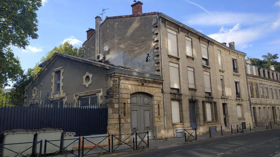 Projet de rénovation partielle et ravalement de cette maison à Bordeaux